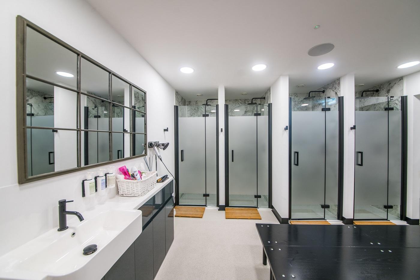 Studio XXVI changing rooms in Milsom Place