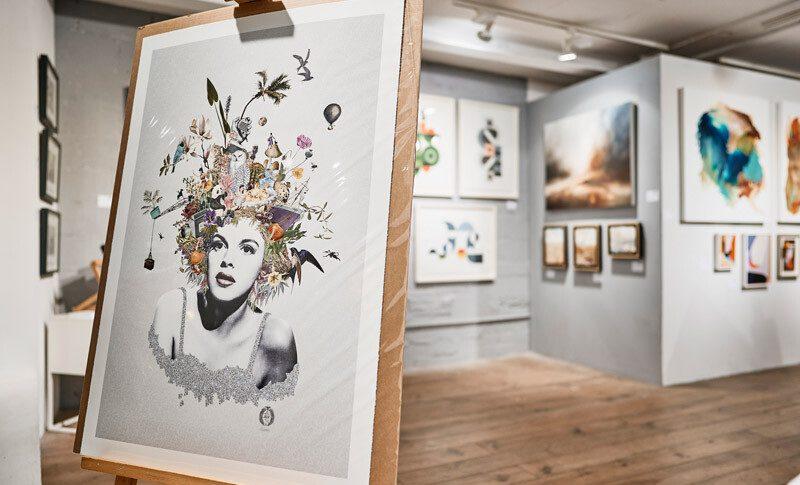 Rostra Gallery & Modern ArtBuyer pop up