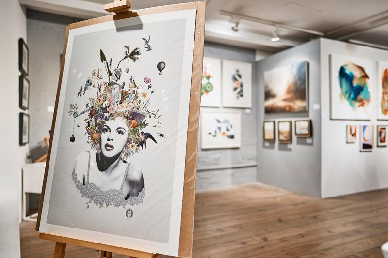 Pop up gallery with Modern ArtBuyer